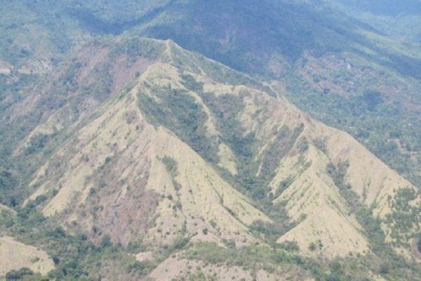 Bentuk Gunung Ini Menyerupai Miss V