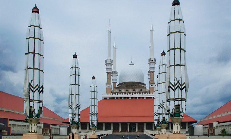 Wisata Masjid Agung Jawa Tengah