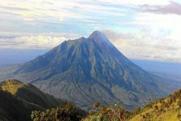 Mengenal Keindahan Gunung Merbabu