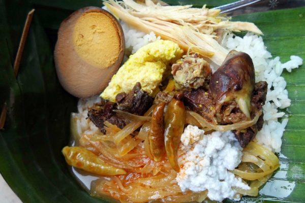 kota-solo-bertabur-makanan-tradisional-yang-lezat