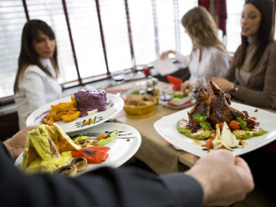 Kerugian Bisnis Kuliner Yang Tidak Pasang AC
