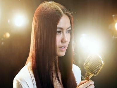 penyanyi-ternama-indonesia-keturunan-tionghoa2