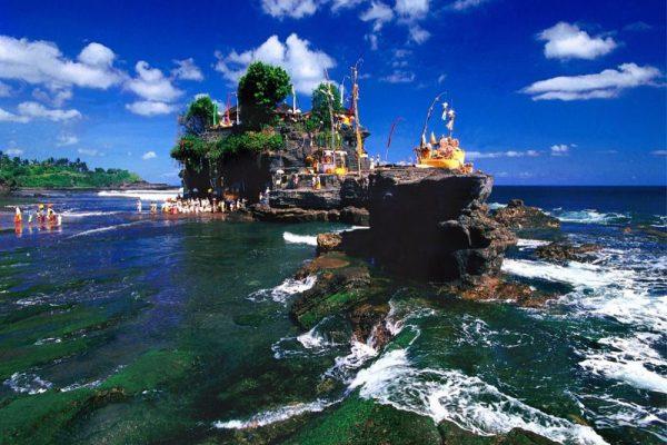 Wisata Tanah Lot Bali