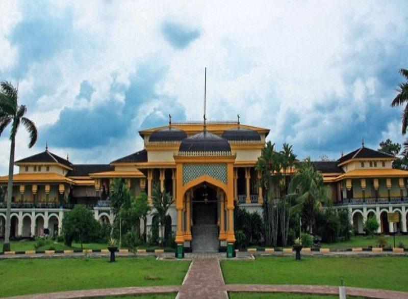 Pesona Istana Maimun Medan