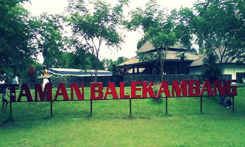 Wisata Taman Balekembang Solo