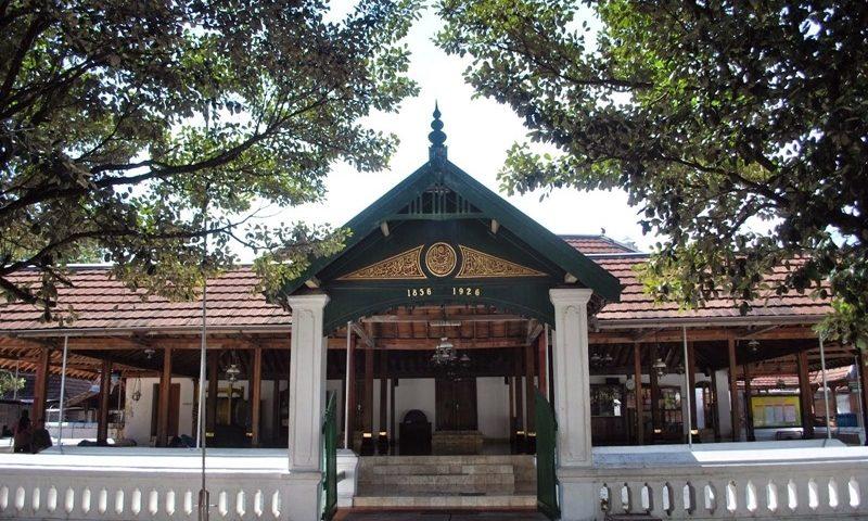 info-jogja-seputar-masjid-bersejarah-yang-tak-terlupakan