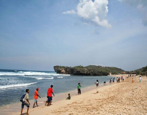 Mengenal Pantai Krakal Yogyakarta