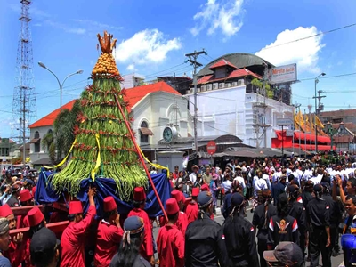 uniknya-keragaman-budaya-indonesia-sambut-idul-adha3